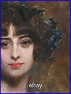 Grand & Magnifique Portrait 1900. Jeune Femme Coiffée De Raisins. Signature