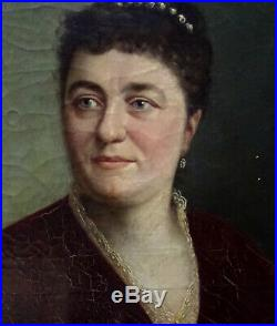 Portrait de Femme Huile sur Toile Ecole Française du XIXème siècle