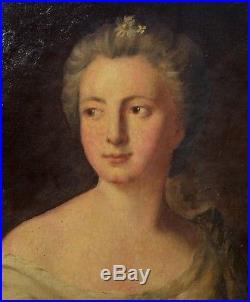 Portrait de Femme de Qualité XVIIIème
