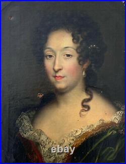 Portrait de femme Huile sur toile école Française d'époque XVIIIe