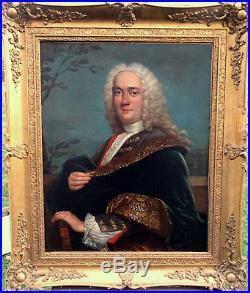 Portrait de gentilhomme Epoque XVIIIème Ecole française Huile sur toile